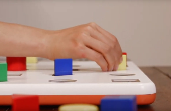 Patients who play the Neofect Smart Pegboard